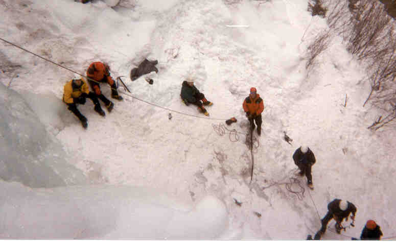 Tom Urban's CMC HAMS ice climbing class above Vail by Roger Wendell - 02-05-2000
