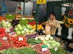 Vegetables for sale in northern Italy by Rober J. Wendell - 09-08-2007